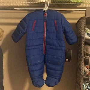 BRAND NEW Weatherproof infant snow suit 6-9 months